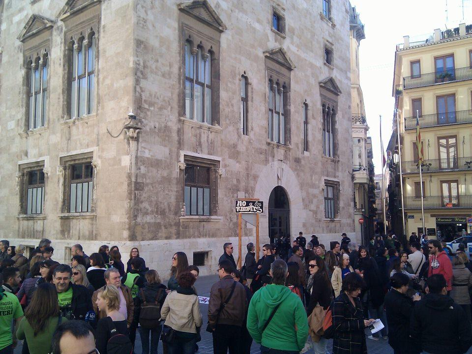 Protesta de profesores interinos en Valencia