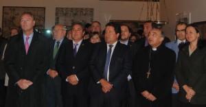 """Alberto Fabra inaugura """"La luz de las imágenes"""" en Vinaroz entre abucheos ciudadanos"""