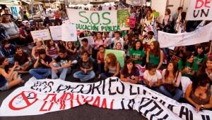 Los estudiantes llaman a otra huelga general en marzo contra Wert