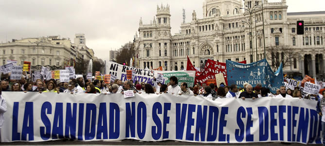 Imputan a la cúpula de la Sanidad madrileña privatizadora